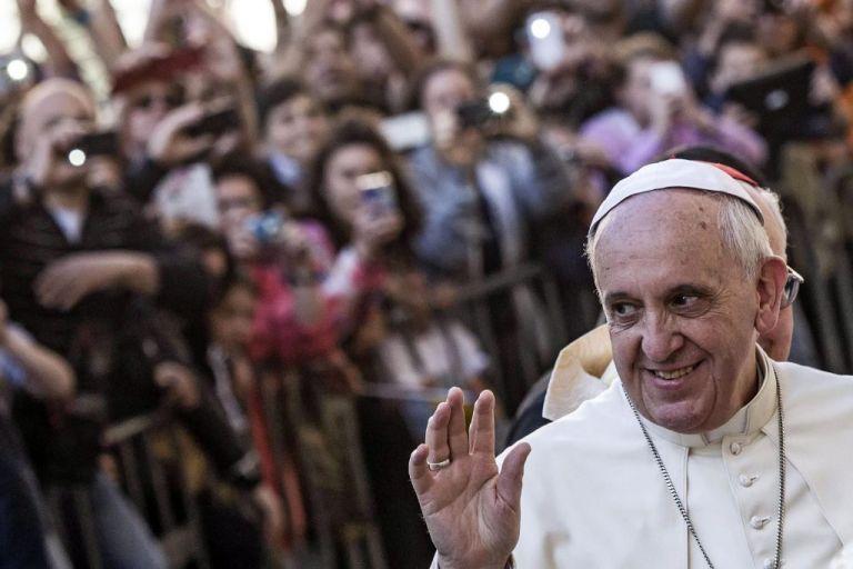 Πάπας Φραγκίσκος : Kατανοώ τους ασθενείς με κορωνοϊό – Κάποτε βρέθηκα κοντά στον θάνατο | tovima.gr