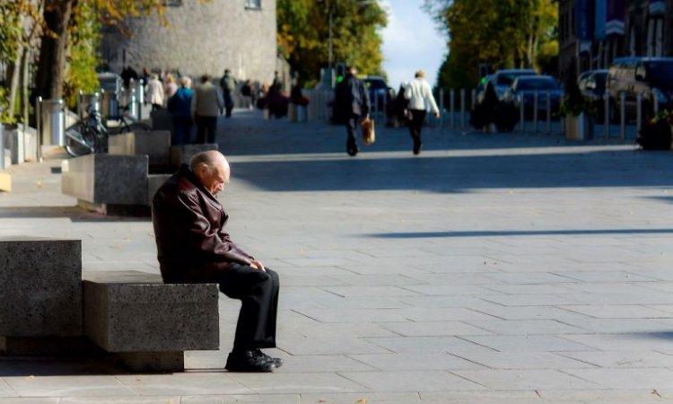 Lockdown : Η κοινωνική απομόνωση κάνει τους ανθρώπους να «πεινούν» για παρέα όπως για το φαγητό | tovima.gr