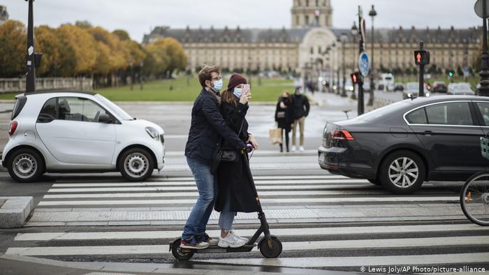 Πώς αίρεται το lockdown στη Γαλλία | tovima.gr
