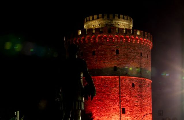 Κορωνοϊός : «Φλέγεται» η Θεσσαλονίκη, 383 κρούσματα στην Αττική – Ο χάρτης της διασποράς | tovima.gr