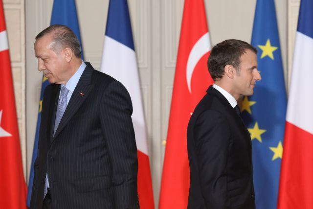Η Γαλλία πιέζει την Ευρώπη να επιβάλει κυρώσεις στην Τουρκία | tovima.gr