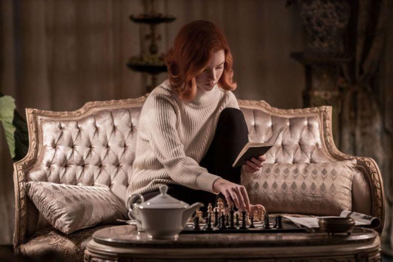 Το «Γκαμπί της βασίλισσας» έκανε το σκάκι μόδα   tovima.gr