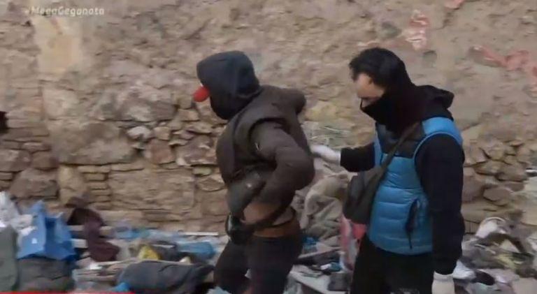 Αποκλειστικό MEGA : Καρέ- καρέ η επιχείρηση εκκένωσης κτιρίου που είχε μετατραπεί σε «υγειονομική βόμβα»   tovima.gr