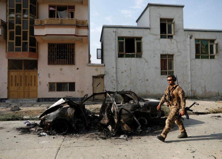 Αφγανιστάν : Τουλάχιστον 26 νεκροί από βομβιστική επίθεση σε στρατόπεδο   tovima.gr