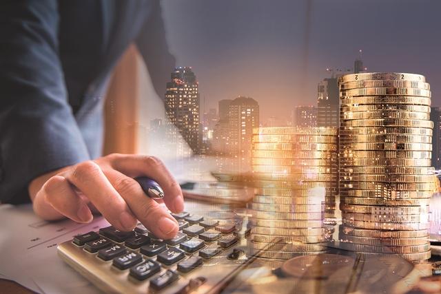 Ευκαιρίες και κίνδυνοι για τις τράπεζες | tovima.gr