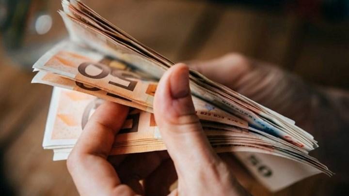 Επιστρεπτέα Προκαταβολή : Πιστώνονται  τα χρήματα σε 99.012 δικαιούχους | tovima.gr