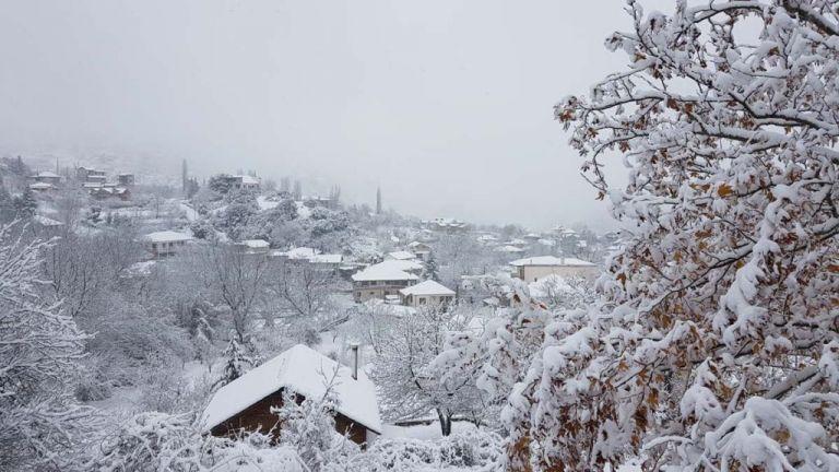 Κορωνοϊός : «Αργοπεθαίνουν» τα χειμερινά καταλύματα – Μηδενικές οι κρατήσεις   tovima.gr