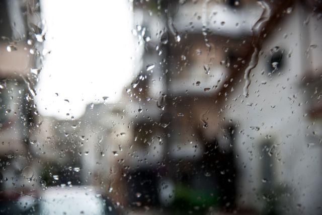 Καιρός : Ραγδαία επιδείνωση με καταιγίδες και χιόνια   tovima.gr