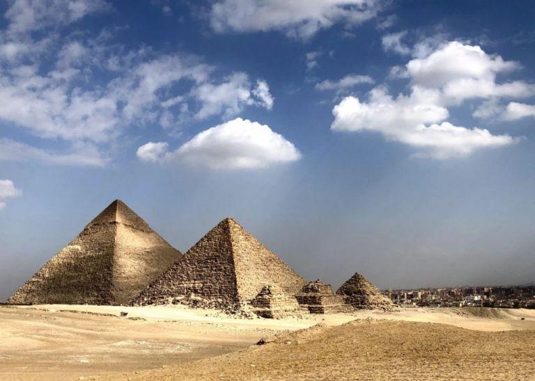 Όταν ο Νεύτωνας προσπάθησε να αποκαλύψει τα μυστικά των πυραμίδων | tovima.gr