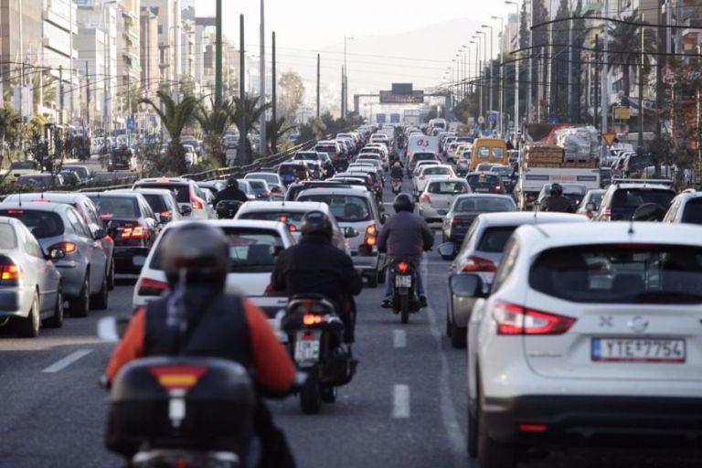 Τέλη κυκλοφορίας : Προς παράταση η πληρωμή τους – Τι θα γίνει με την κατάθεση πινακίδων   tovima.gr