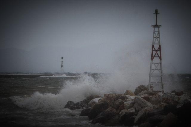 Κακοκαιρία : Έκτακτη προειδοποίηση της Πολιτικής Προστασίας – Αποφυγή άσκοπων μετακινήσεων   tovima.gr