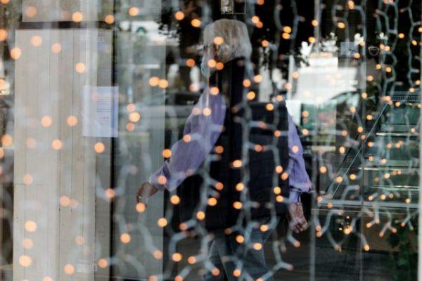 Lockdown : Γρίφος το άνοιγμα του λιανεμπορίου για την κυβέρνηση – Φόβοι για «σύνδρομο Harrods»   tovima.gr