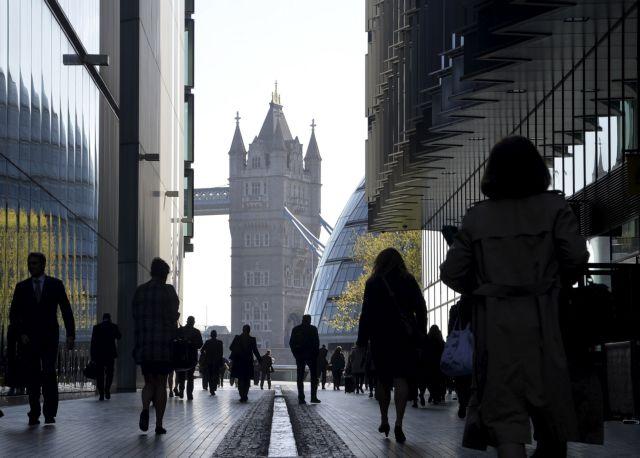 Ρεκόρ απολύσεων στην Βρετανία – Στα ύψη το ποσοστό ανεργίας   tovima.gr