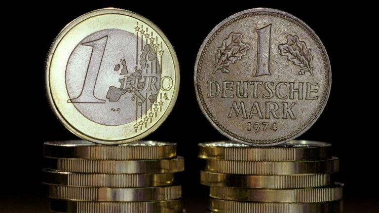 Στα «σεντούκια» των Γερμανών παραμένουν 12,4 δισ. μάρκα | tovima.gr