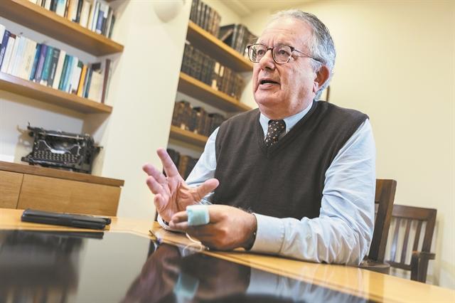 Νίκος Κ. Αλιβιζάτος : «Ο ΣΥΡΙΖΑ παριστάνει τον αντισυστημικό, αλλά δεν είναι» | tovima.gr