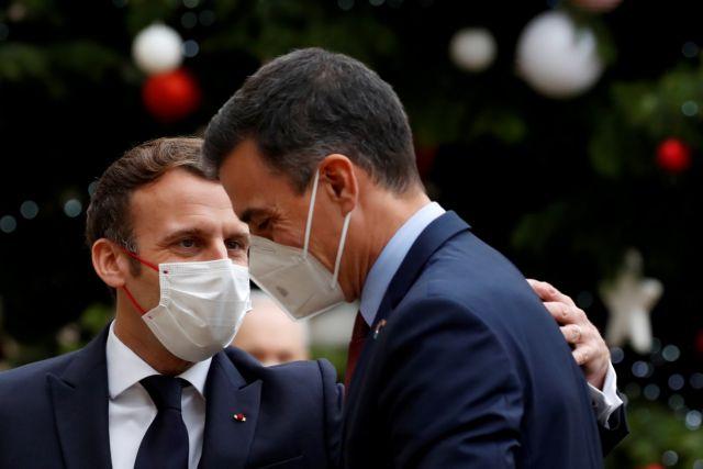 Κορωνοϊός : Σε προληπτική καραντίνα μπαίνουν ο ένας μετά τον άλλο οι ηγέτες της ΕΕ – Είχαν συναντηθεί με τον Μακρόν | tovima.gr
