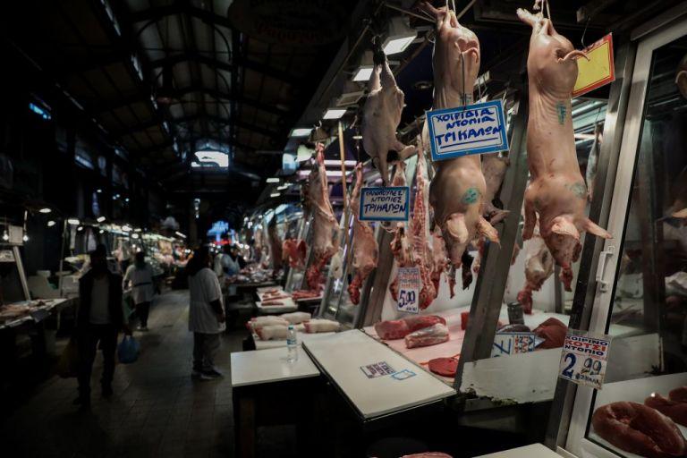Επάρκεια προϊόντων και μειωμένες τιμές στην Βαρβάκειο Αγορά   tovima.gr