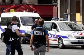 Γαλλία : Πυροβολισμοί με 3 νεκρούς αστυνομικούς | tovima.gr