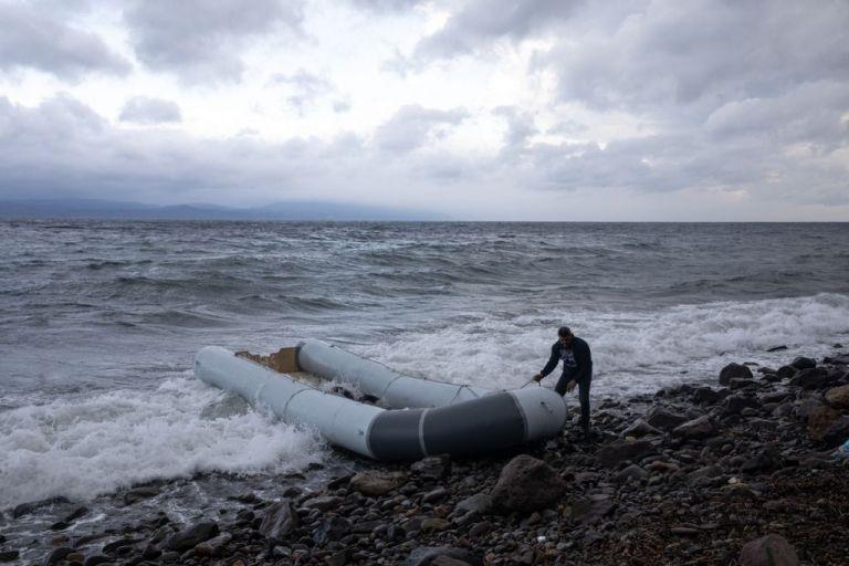Τυνησία : 20 πρόσφυγες έχασαν τη ζωή τους όταν το σκάφος τους ναυάγησε | tovima.gr