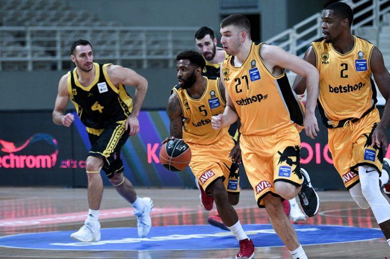 Χριστούγεννα με προπόνηση για την ομάδα μπάσκετ της ΑΕΚ | tovima.gr