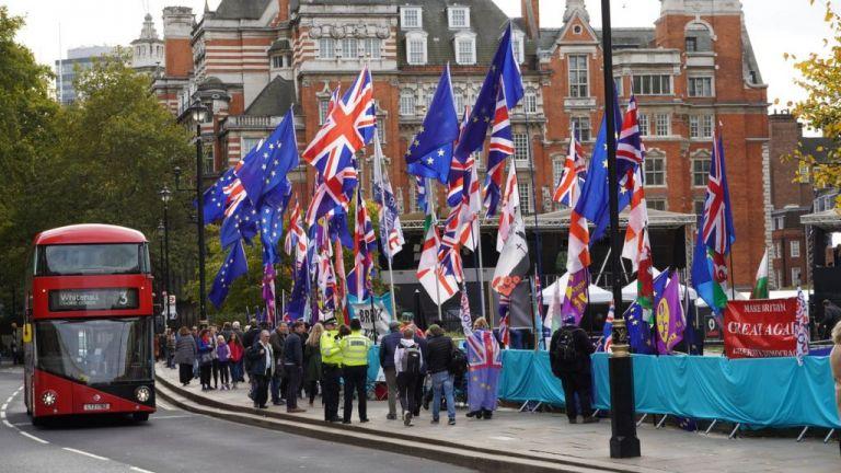 Brexit : Xαιρετίζουν τη συμφωνία Ευρωπαίοι και Βρετανοί πολιτικοί | tovima.gr