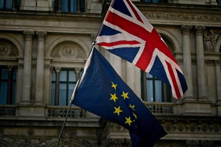 Brexit: Αλλαγές σε φοιτητές, εργαζόμενους και ταξιδιώτες από την Ελλάδα | tovima.gr