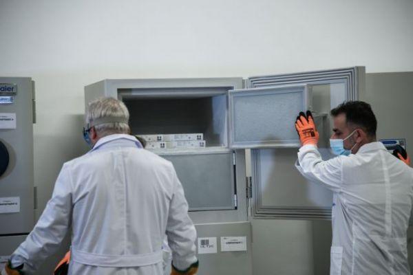 Κορωνοϊός : Όλα έτοιμα για την έναρξη του εμβολιασμού –  Στα νοσοκομεία τα εμβόλια | tovima.gr