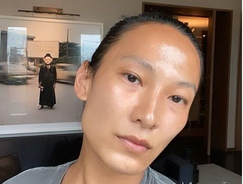 Νέο σκάνδαλο στη μόδα: Ο Alexander Wang κατηγορείται για σεξουαλικές επιθέσεις σε άνδρες μοντέλα   tovima.gr