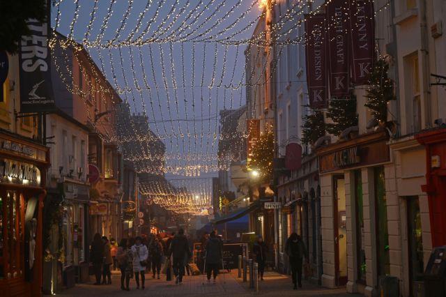 Ιρλανδία: Το νέο στέλεχος κορωνοϊού εξαπλώνεται ταχύτερα από κάθε πρόβλεψη | tovima.gr
