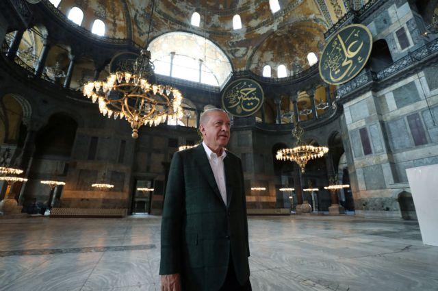 Προκλητικός Ερντογάν: Η Αγία Σοφία είναι το στέμμα του 2020 | tovima.gr