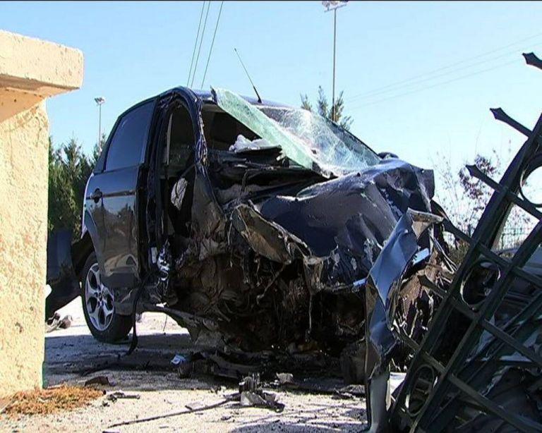 Νέα τραγωδία στην άσφαλτο : Νεκρή 19χρονη | tovima.gr