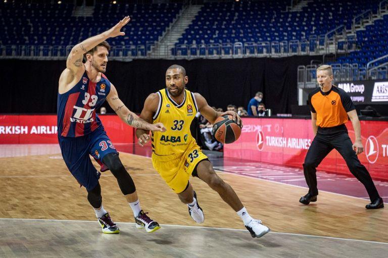 Βαθμολογία Euroleague : Ανέβηκε στην 9η θέση ο Ολυμπιακός μετά την ήττα της Μπασκόνια | tovima.gr