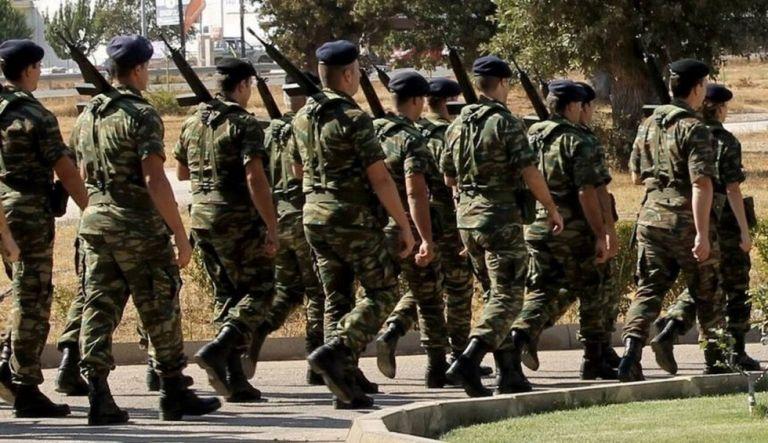 Αύξηση θητείας στον στρατό ξηράς- Τι είπε ο Ταραντίλης | tovima.gr
