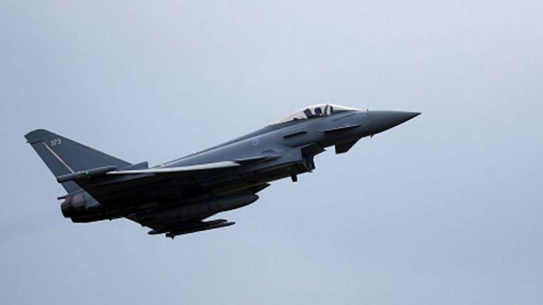 Βρετανία : Μαχητικά αεροσκάφη έσπασαν το φράγμα του ήχου | tovima.gr