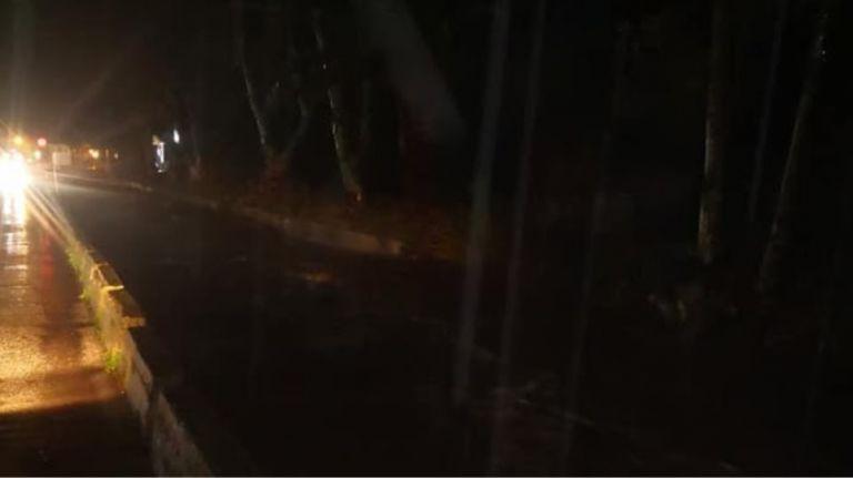Λέσβος : Δύσκολη νύχτα στην Καλλονή- Έσπασε ο ποταμός «Τσικνιάς» | tovima.gr