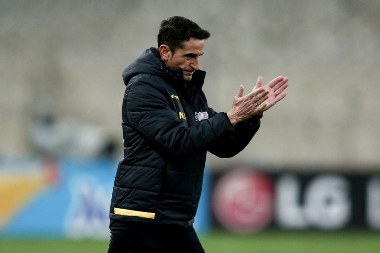 Χιμένεθ στους παίκτες της ΑΕΚ : Θέλω ομαδικό πνεύμα – Σας χρειάζομαι όλους | tovima.gr