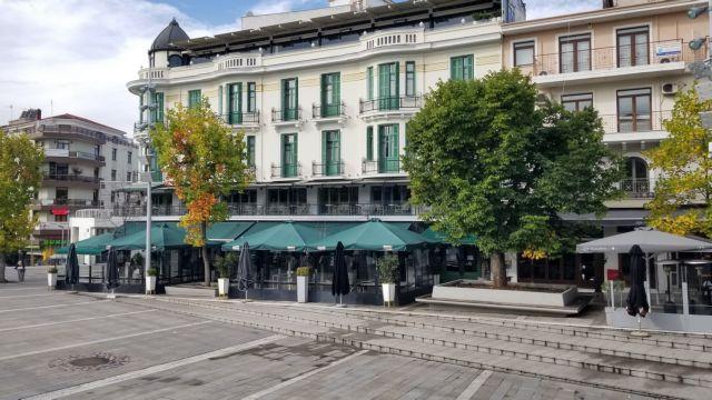 Κοζάνη: Γιατί δεν ανοίγουν ακόμα τα καταστήματα   tovima.gr