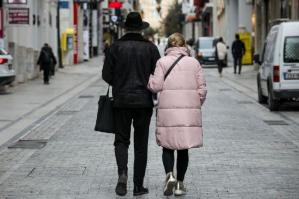 Lockdown : «Ξαναζωντανεύει» το λιανεμπόριο – Πώς θα ψωνίζουμε από Δευτέρα | tovima.gr