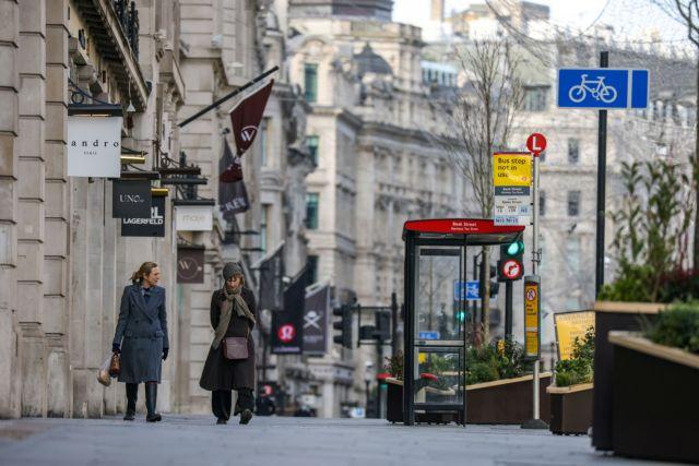 Βρετανία: Από Μάρτιο η χαλάρωση των μέτρων | tovima.gr