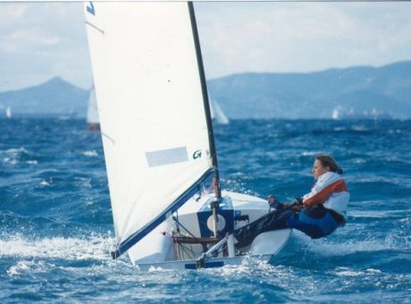 «Όλοι με την Σοφία» : Τα μηνύματα συμπαράστασης και το ντόμινο αποκαλύψεων από άλλες αθλήτριες | tovima.gr