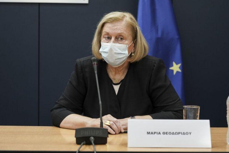 Μαρία Θεοδωρίδου : Το εμβόλιο κατά του κορωνοϊού δεν προκαλεί τη νόσο | tovima.gr