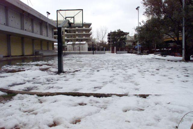 Κακοκαιρία : Κλειστά σχολεία στην Αττική και την Τρίτη | tovima.gr