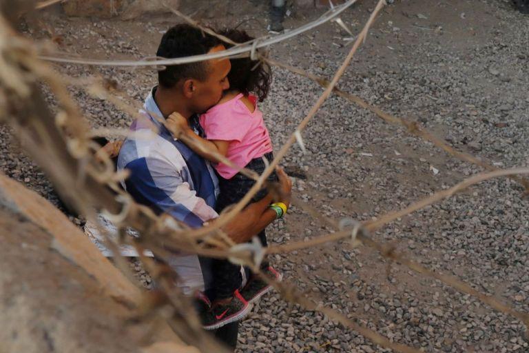 ΗΠΑ: Νομοσχέδιο για απόκτηση ιθαγένειας σε οκτώ χρόνια προτείνει ο Μπάιντεν | tovima.gr