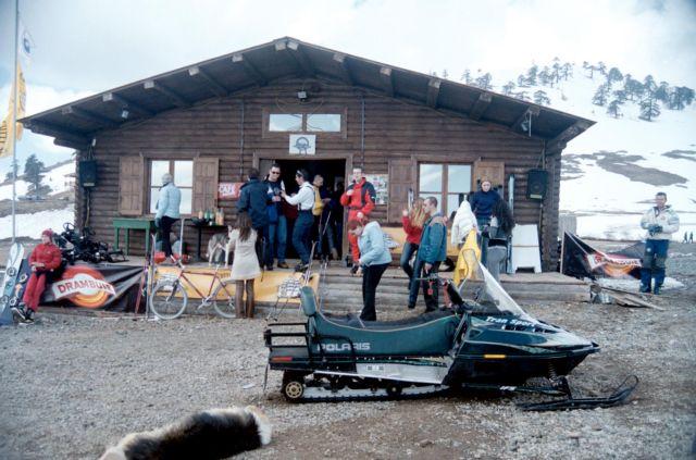 Χιονοστιβάδα παρέσυρε σκιέρ στο χιονοδρομικό κέντρο Βασιλίτσας | tovima.gr
