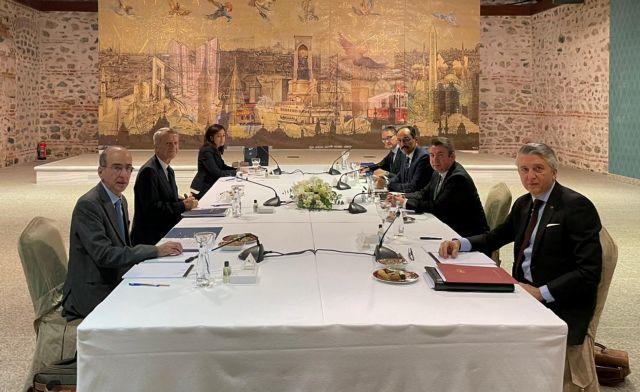 Ολοκληρώθηκαν οι διερευνητικές επαφές στην Κωνσταντινούπολη | tovima.gr