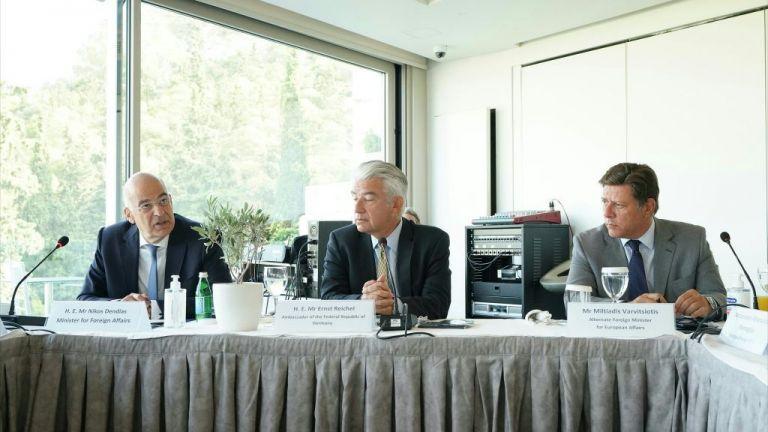 Ικανοποίηση Βερολίνου για τις διερευνητικές – Το μήνυμα του Γερμανού πρέσβη | tovima.gr