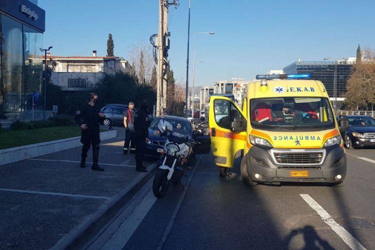 Στο MEGA οι πυροσβέστες που «ξεγέννησαν» γυναίκα στο δρόμο | tovima.gr
