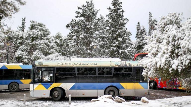 Μήδεια : Έμφραγμα στις αστικές συγκοινωνίες της Αθήνας – Επιστρέφουν στα αμαξοστάσια τα λεωφορεία | tovima.gr
