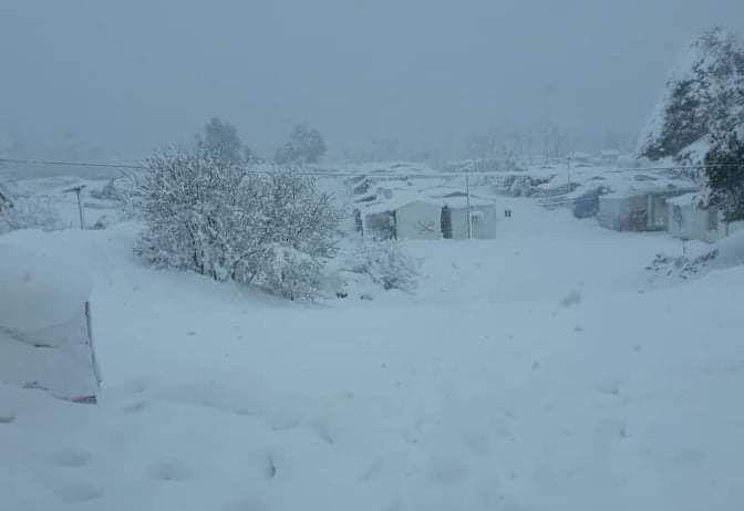 Η «Μήδεια» «έθαψε» τα ΚΥΤ – Στο έλεος του χιονιά οι πρόσφυγες | tovima.gr