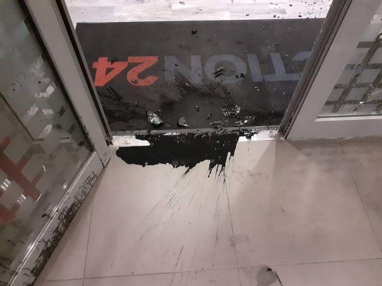 Καταδικάζει ο πολιτικός κόσμος την επίθεση στο Action24 | tovima.gr